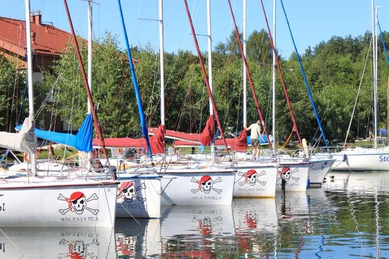 Czarter jachtów Giżycko – piraci.com.pl