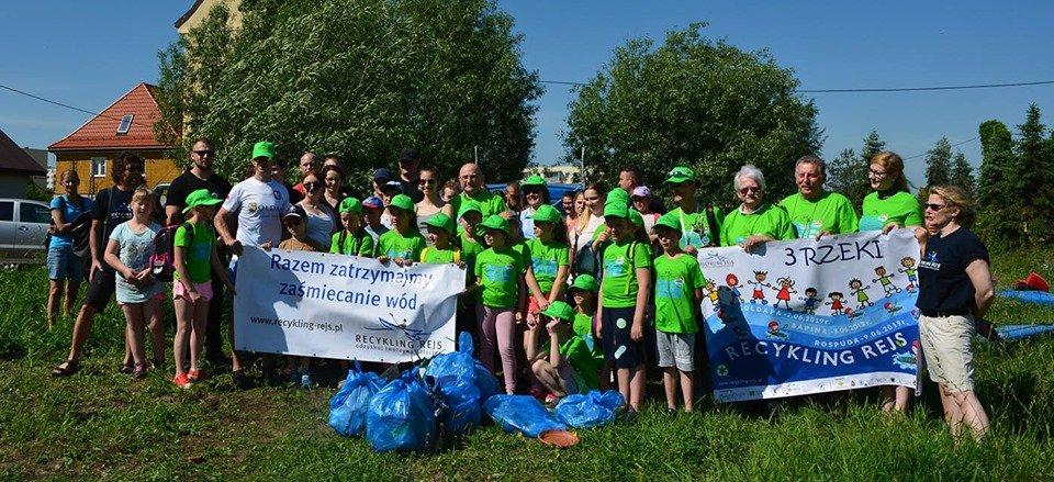 Recykling Rejs – 3 rzeki. Wolontariusze posprzątali 3 mazurskie rzeki | KursNaMazury.pl